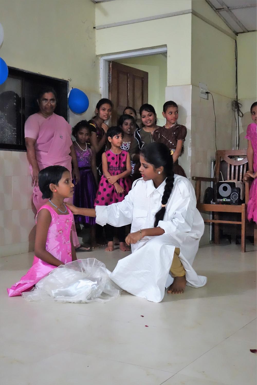 Straßenkinder-Heim für Mädchen: Vorführung