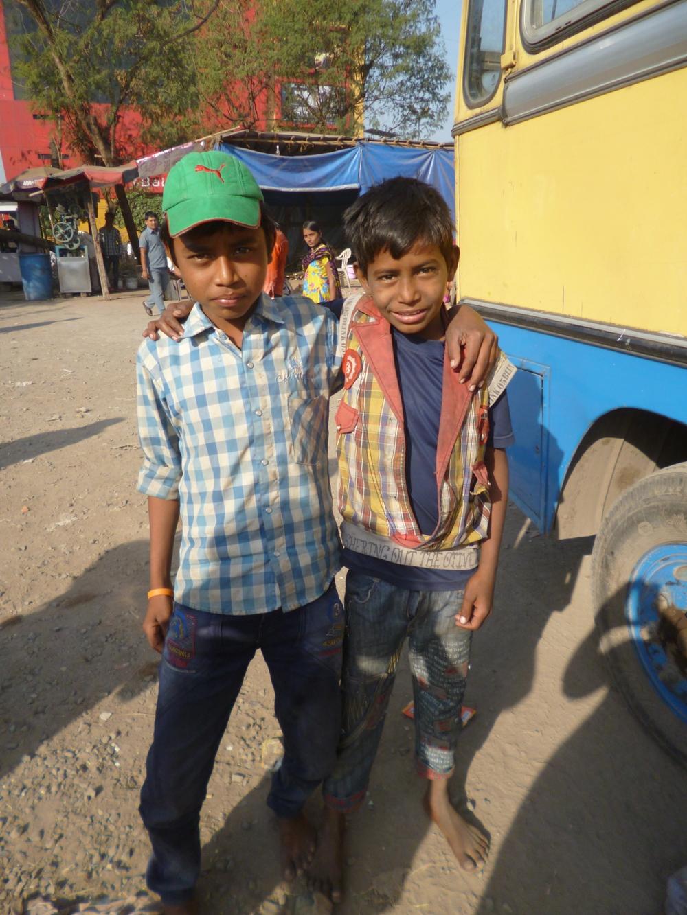 Vor dem Schulbus